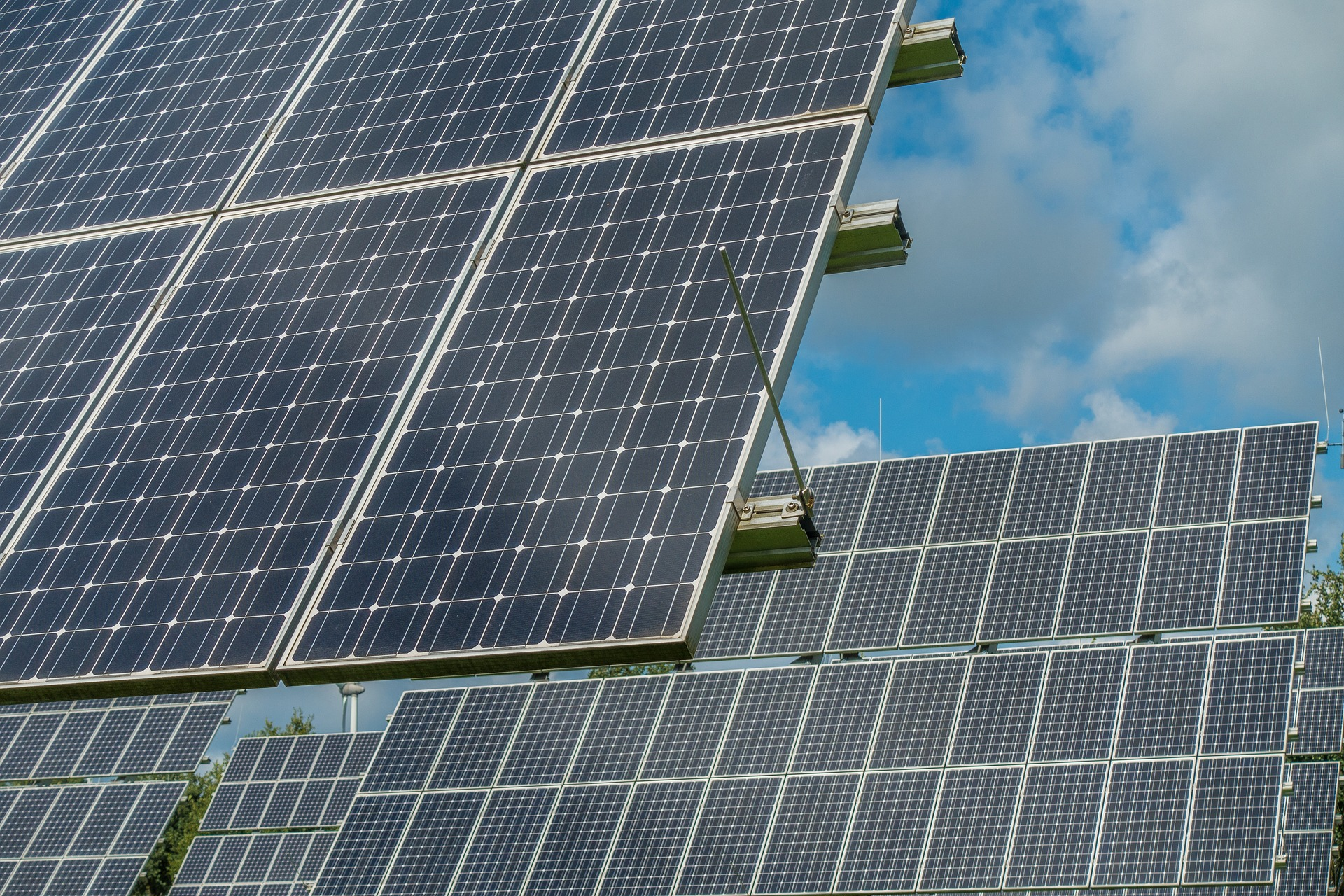 Isemaren Advises Tayan Energy Investment In The Development Of 8 Photovoltaic Plants Of 550 MW In Spain, Italy And Portugal