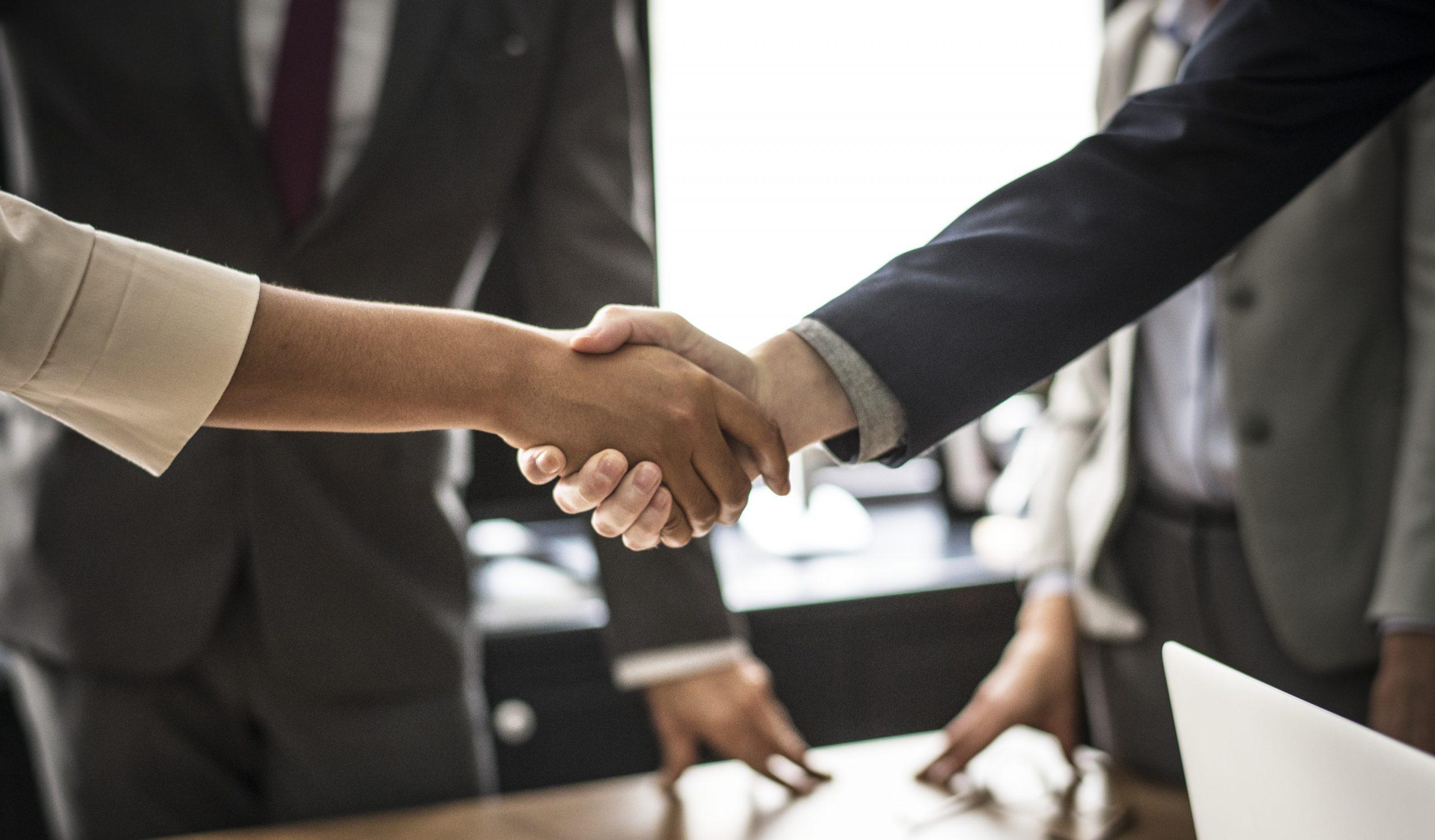 Oferta De Empleo: Desarrollo De Negocio Área Soluciones Técnicas
